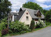 Einfamilienhaus in ruhiger Lage in Adorf/Jugelsburg
