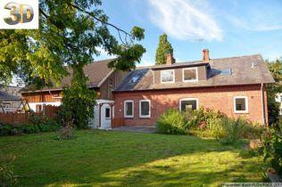 Zweifamilienhaus in Husby