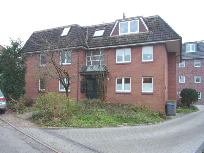 3 Zi-Wohnung Kurfürstendeich 40 in 21037 HH-Vierlanden ein Angebot von IVD-HAUSVERWALTUNG GERD VON DER HEIDE