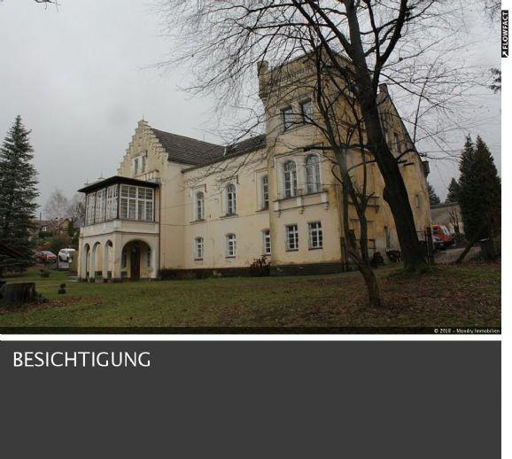 Schloss Girbigsdorf: Altes Herrenhaus in idyllischer Lage