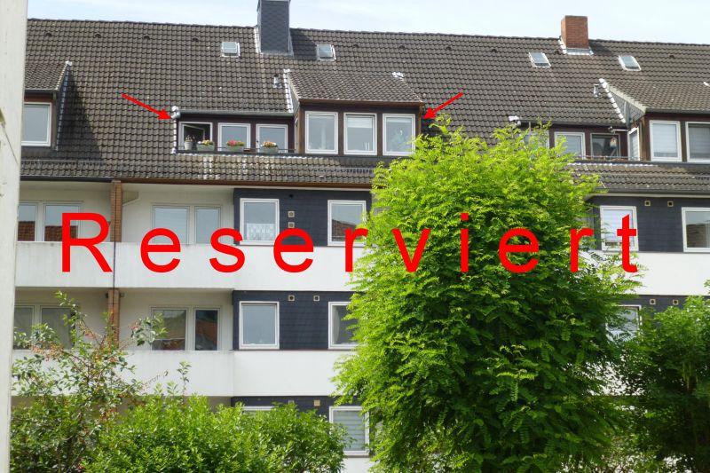 Zentral gelegen! Tolle 2-3 Zimmer-Dachgeschosswohnung mit Balkon und PKW-Stellplatz in der Bremer Neustadt