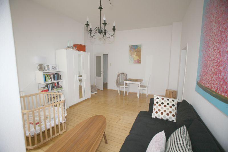 2,5 Zimmer - Altbau mit moderner Einbauküche!