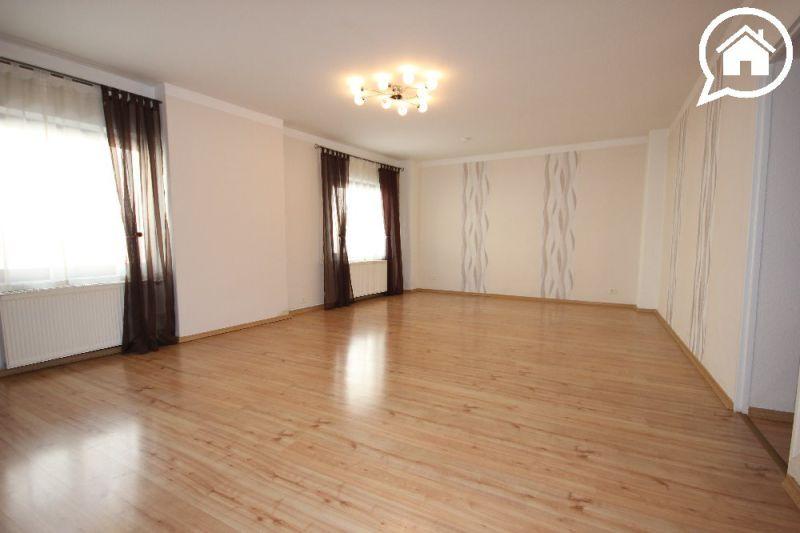 Sehr gepflegte 4-Zimmerwohnung in Alt-Griesheim miit EBK und Terrasse