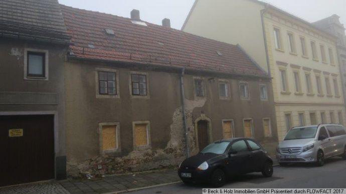 Stark sanierungsbedürftiges Einzeldenkmal in Riesa