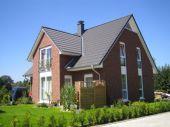 Ein großzügiges Einfamilienhaus mit Kapitänserker. - Auf Ihrem Grundstück -