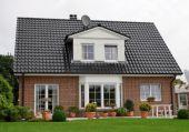 Ein klassisches Einfamilienhaus mit einem sehr schönen Wohnraumerker....