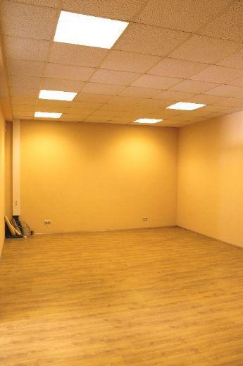 Zwei Büro- oder Kursräume mit separatem Eingang