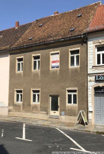 ** ZUM SANIEREN! ** Einfamilienhaus mit Dachterrasse in guter innenstädtischen Wohnlage von Großenhain