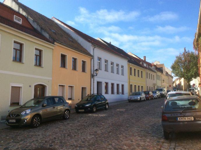 Stadthaus mit Ruhepol in 01917 Kamenz - Einfamilienhaus mit ELW