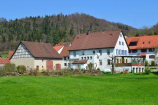 Gastronomie und Wohnung in Hayingen  - Anhausen