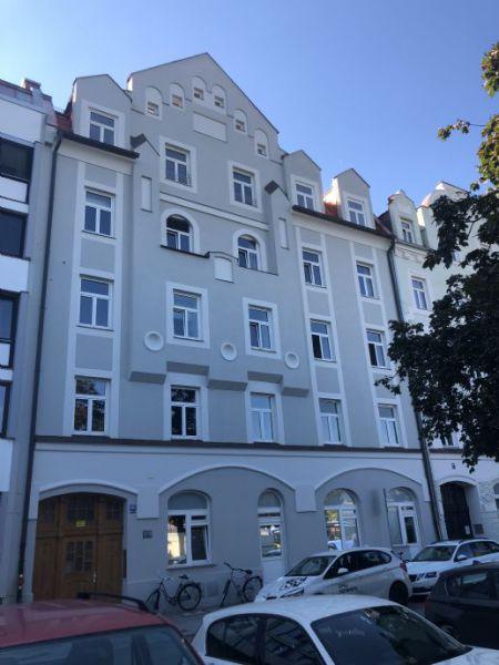 Attraktive und ruhige 4-Zimmer-Dachterrassen-Maisonettewohnung mit offener Küche an der ALTEN MESSE/WESTEND