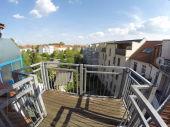 Süße 2 Zimmer Dachwohnung mit Balkon in Dessau-Nord - klein und fein 56 qm