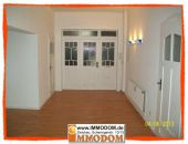 Repräsentative Büroeinheit mit Balkon, 2 WCs, Küche und großem Foyer