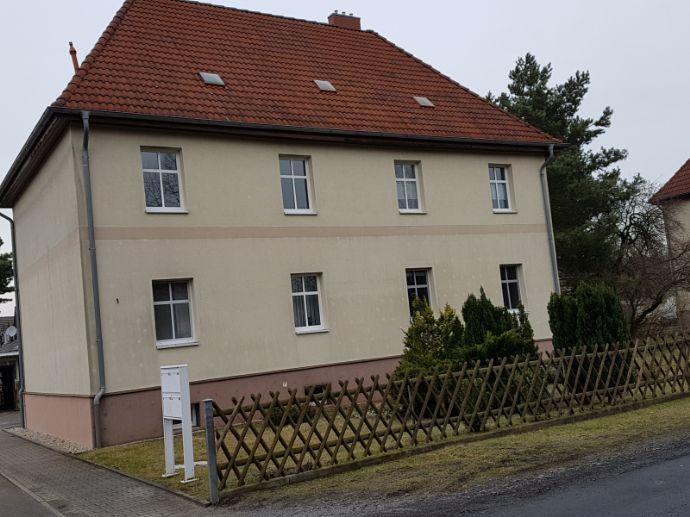 Sanierte 2-Raum-Wohnung im Grünen!
