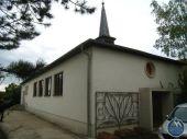 ehem. Kirchengebäude mit Wohnhaus zu verkaufen