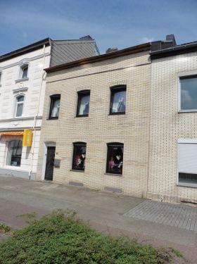 Zentral gelegenes Ein- Zweifamilienhaus in Herzogenrath-Kohlscheid