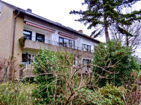 Dachgeschosswohnung in Düsseldorf  - Unterbach