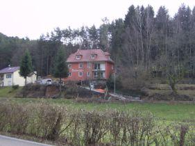 Mehrfamilienhaus in Schindhard