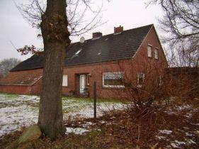 Resthof in Uplengen  - Neufirrel