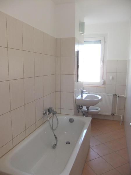 Helle 2-Raum-Wohnung mit Balkon in Riesa Weida