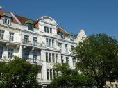 RUDNICK bietet ALTBAUFLAIR: Repräsentative 5-Zimmer Jugendstilwohnung...