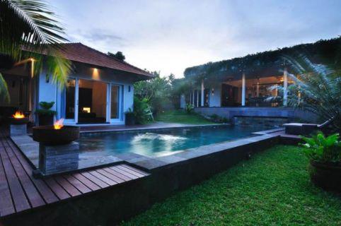 Luxus Designer Villa, die Goldene Meile von Bali
