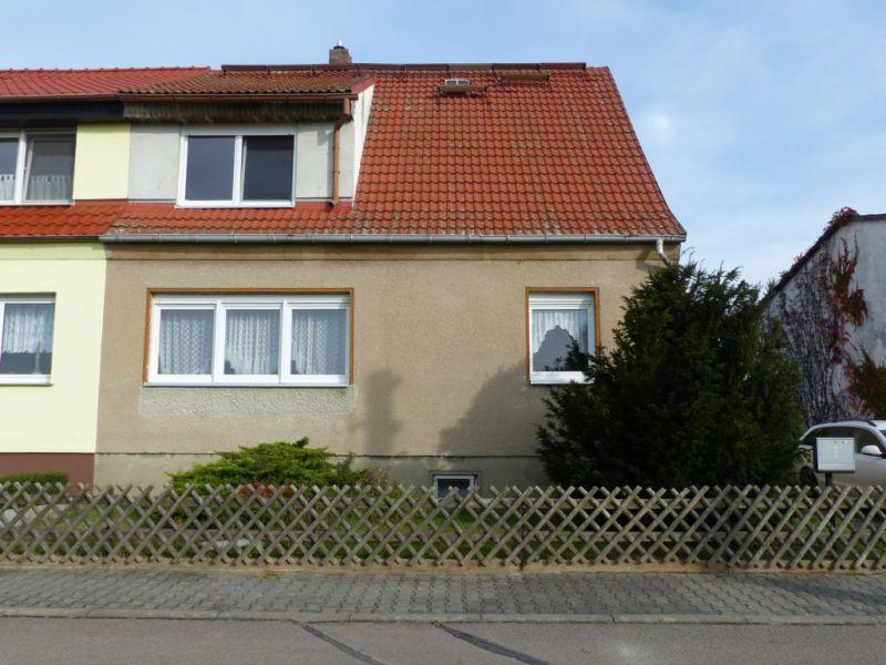 Ruhig gelegene Doppelhaushälfte mit Garten in Strehla nahe Riesa