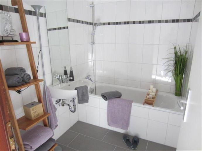 Reinkommen und Wohlfühlen: großzügige 3,5-Zimmer-Wohnung