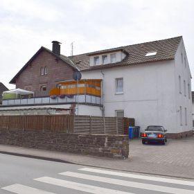 Mehrfamilienhaus in Höxter  - Lüchtringen